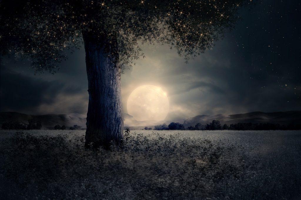 Úplněk, síla Měsíce, magický Měsíc